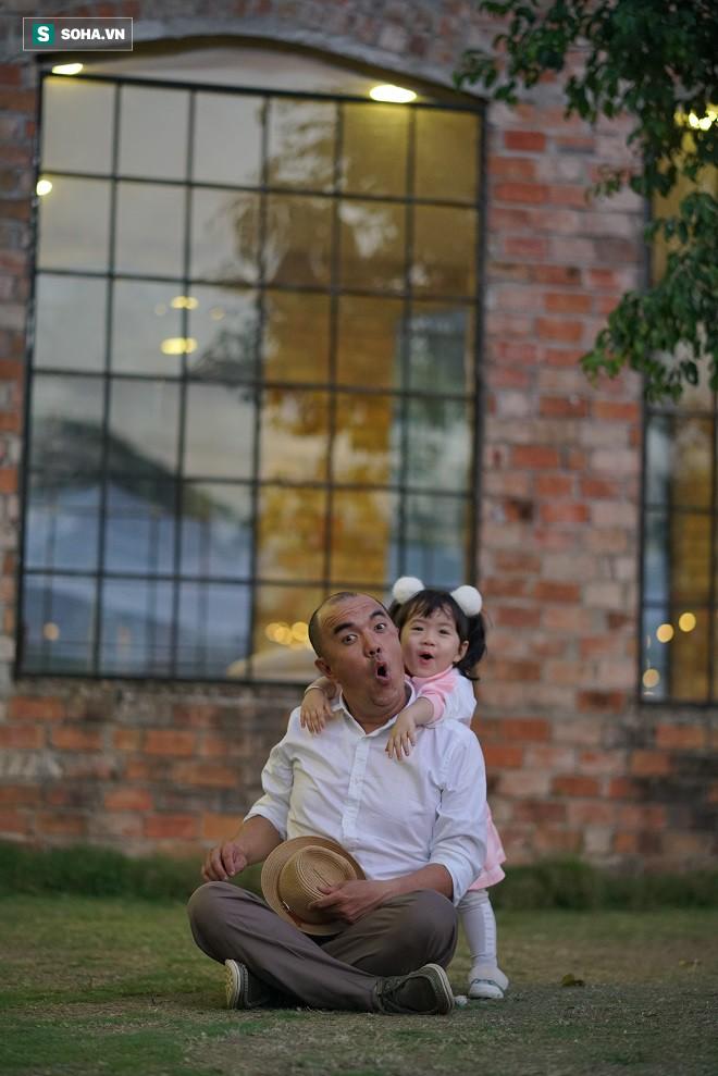 Quốc Thuận: Sau cái chết của Anh Vũ, tôi cứ tự hỏi, rong ruổi kiếm tiền, công danh tới bao giờ? - Ảnh 13.