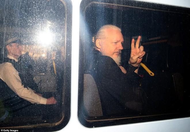 Bên trong siêu nhà tù Supermax đang chờ đợi Julian Assange - ảnh 1