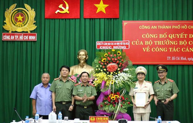 Bổ nhiệm Đại tá Nguyễn Sỹ Quang giữ chức Phó Giám Đốc Công an TPHCM - Ảnh 2.