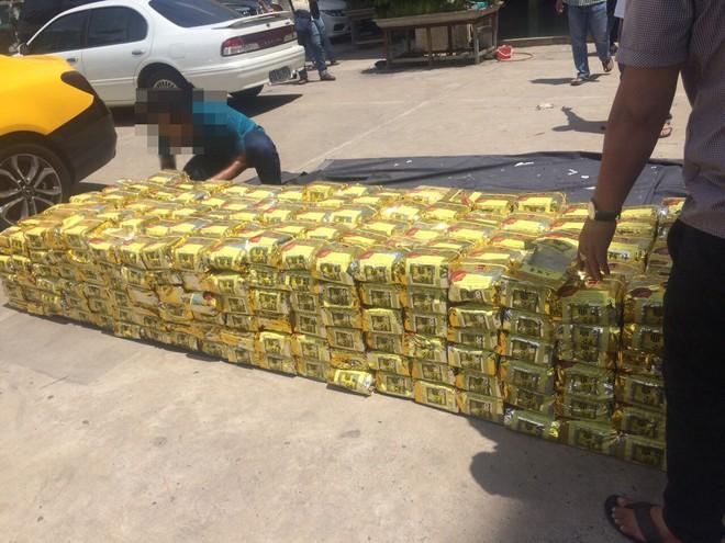 Công an TP.HCM khám phá vụ tàng trữ, vận chuyển 1,1 tấn ma túy - Ảnh 1.