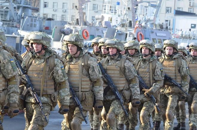 Âm mưu thuần phục Gấu Nga hùng mạnh: Ukraine đi những nước cờ táo bạo - Ảnh 4.
