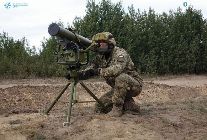 Âm mưu thuần phục Gấu Nga hùng mạnh: Ukraine đi những nước cờ táo bạo - Ảnh 1.