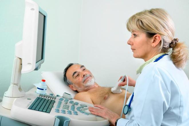 Nhận biết triệu chứng hở van tim để sớm giảm mệt mỏi, khó thở - Ảnh 2.