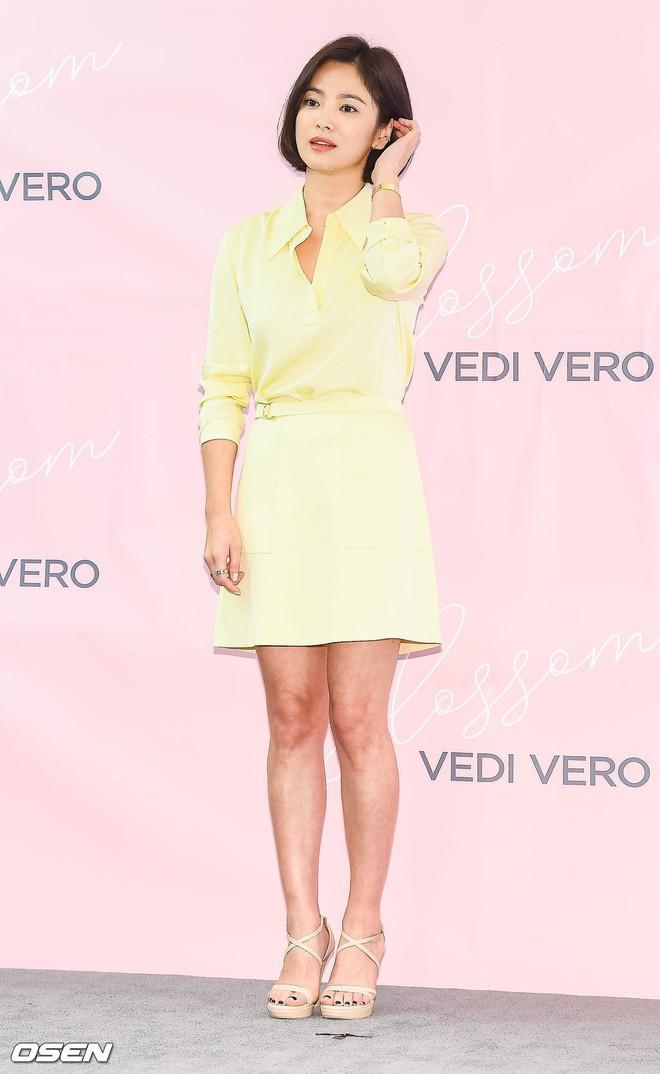 Song Hye Kyo tỏa sáng rực rỡ khi đi sự kiện nhưng lại bị lộ khuyết điểm này trên cơ thể - ảnh 3