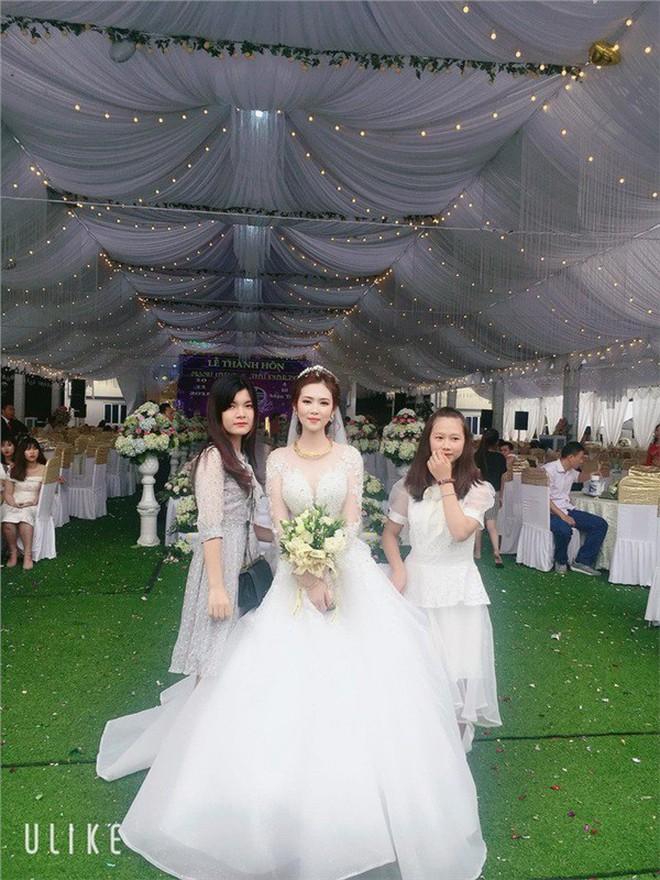 3 cô dâu 'số hưởng' sinh năm 2000: Hồi môn toàn tiền tỷ, vàng đeo trĩu cổ, ca sĩ nổi tiếng đến chia vui - ảnh 13