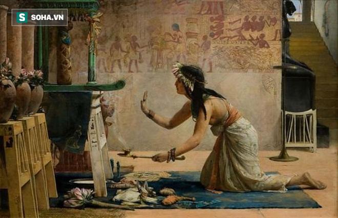 Những cách ngừa thai quái dị đến khó tin vào thời cổ đại: Đâu chỉ dùng phân động vật - Ảnh 1.