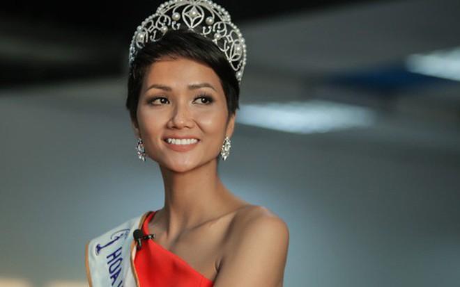 HHen Niê: Nàng hoa hậu cần được nhân bản của showbiz Việt - Ảnh 1.