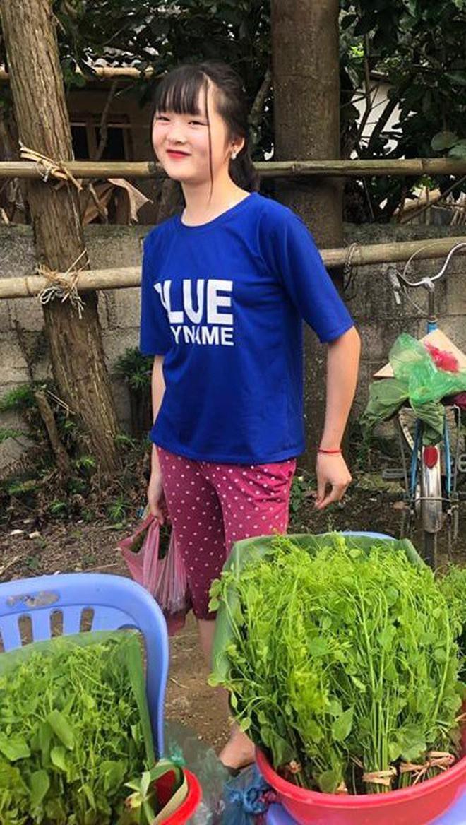Đầu tuần, cô bé bán rau rừng duyên ơi là duyên khiến dân mạng xôn xao tìm danh tính - ảnh 5