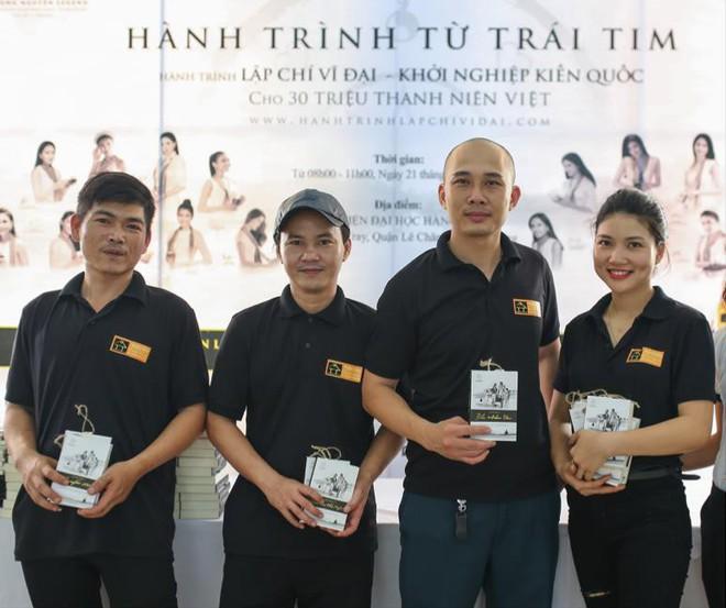 Hành trình Từ Trái Tim: Hành trình kiến tạo chí hướng lớn cho thanh niên Việt - Ảnh 1.