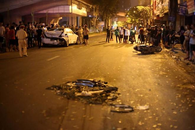 Vụ xe điên đâm liên hoàn khiến nữ công nhân tử vong ở Hà Nội: Tài xế khai gì? - Ảnh 2.