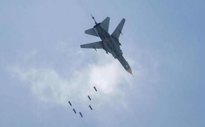 Chiến đấu cơ Nga-Syria đồng loạt xuất kích, hủy diệt đầu não khủng bố: Trận đánh rất lớn