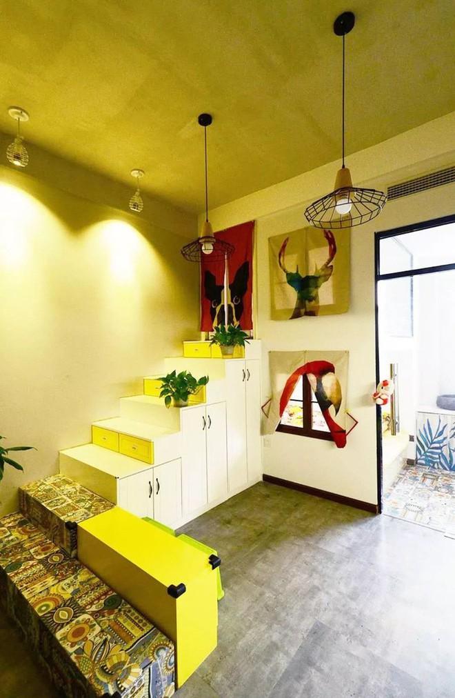 Nhà tập thể 35m² được thiết kế thông minh với 2 phòng ngủ dành cho gia đình 3 người - Ảnh 1.