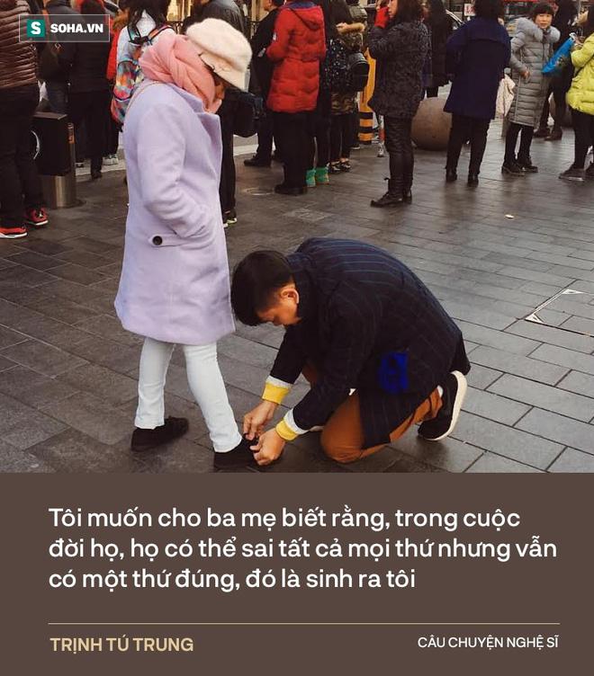 Trịnh Tú Trung: Ba đánh mẹ dã man lắm, bóp cổ dí vào tường, nhấc bổng người lên - Ảnh 11.
