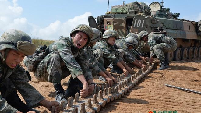 TOP 10 quốc gia nhập khẩu vũ khí lớn nhất TG: Việt Nam đứng ở đâu? - Ảnh 3.