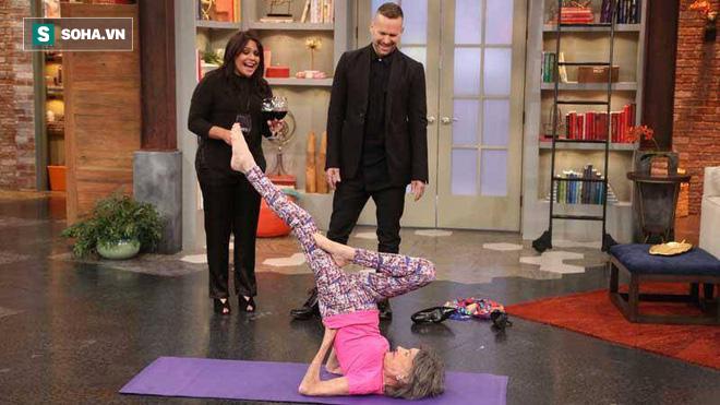 Chuyên gia Yoga 101 tuổi: 7 bí mật để lão hóa đi một cách duyên dáng, khỏe mạnh, lạc quan - Ảnh 8.