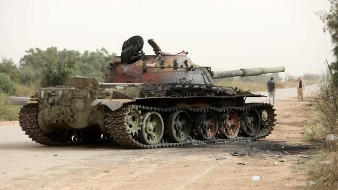 CẬP NHẬT: Chiến sự Libya gay cấn - Tiêm kích Mirage bị bắn hạ, máy bay quân sự Pháp và NATO bất ngờ xuất hiện - Ảnh 3.