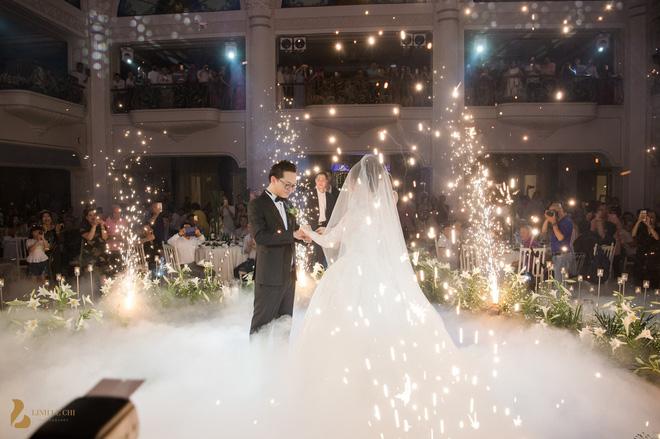 Toàn cảnh đám cưới ở Hà Nội của Giám đốc Nhà hát Kịch Hà Nội và hot girl 9X - Ảnh 13.