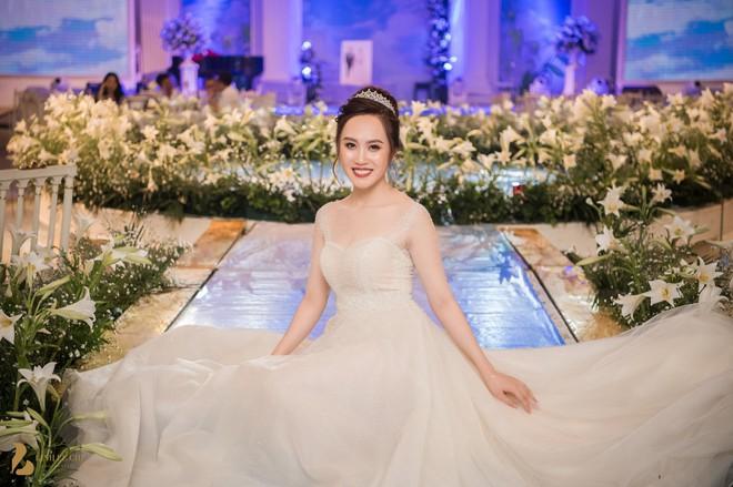 Toàn cảnh đám cưới ở Hà Nội của Giám đốc Nhà hát Kịch Hà Nội và hot girl 9X - Ảnh 7.