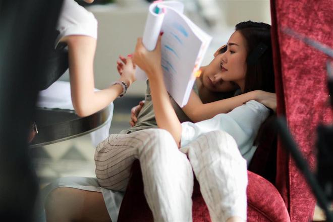 Chi Pu lên tiếng về nghi vấn yêu đồng giới với siêu mẫu Thanh Hằng - Ảnh 3.