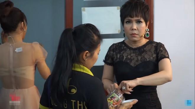 Việt Hương: Chúng nó xúi tôi, chứ cả đời tôi không bao giờ chửi ai hết - Ảnh 3.
