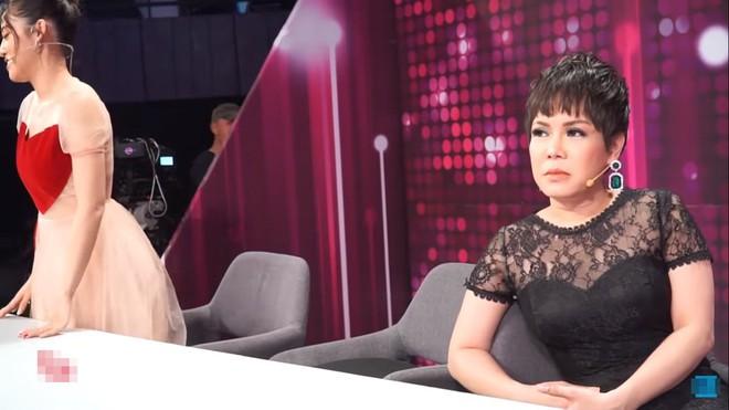 Việt Hương: Chúng nó xúi tôi, chứ cả đời tôi không bao giờ chửi ai hết - Ảnh 1.