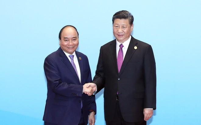 """Thủ tướng dự họp bàn tròn của Diễn đàn """"Vành đai và Con đường"""""""