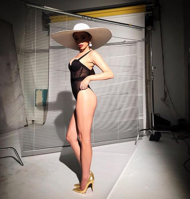 Sao Việt rủ nhau đi bơi, ai là 'nữ hoàng bikini'? - Ảnh 7.