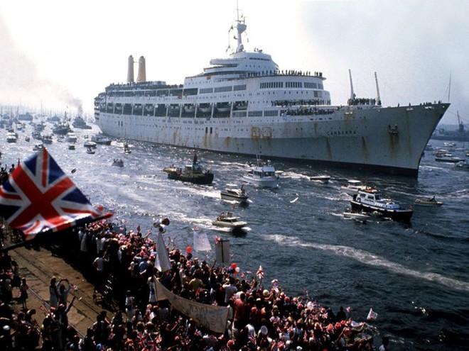 Nhìn lại cuộc chiến Falkland 37 năm trước - ảnh 15
