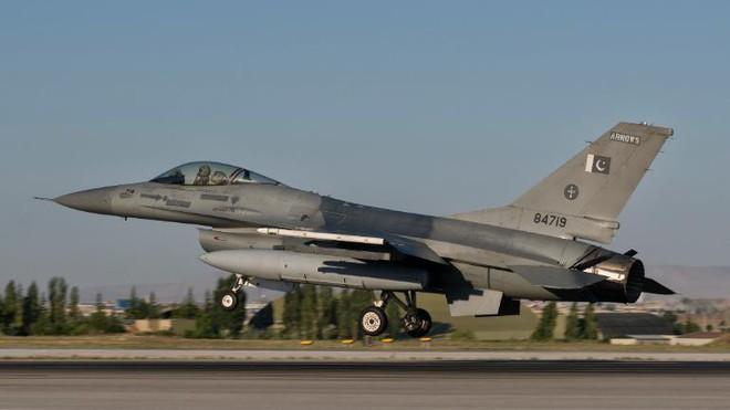Tiết lộ chấn động: F-16 Pakistan vẫn còn nguyên, MiG-21 Ấn Độ chẳng bắn hạ được chiếc nào! - ảnh 1