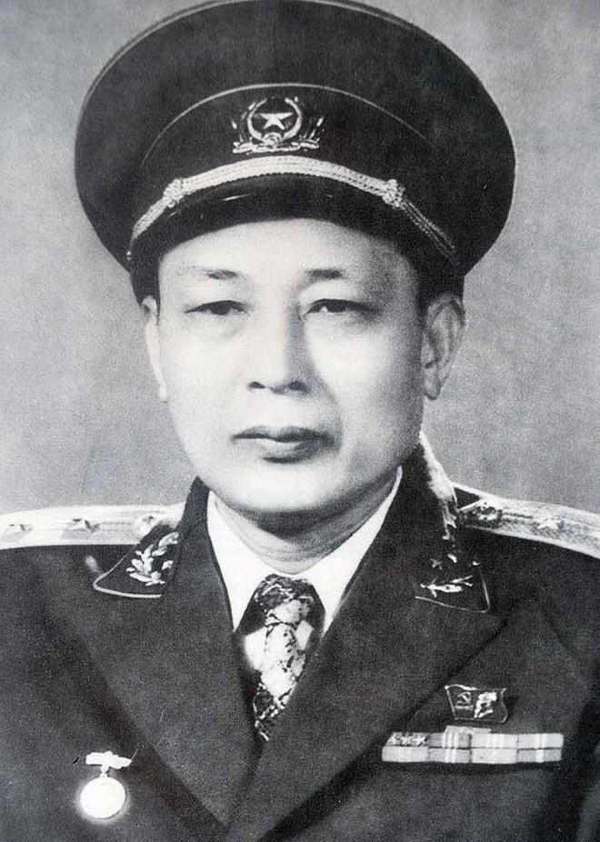 Vĩnh biệt tướng Trường Sơn huyền thoại Đồng Sỹ Nguyên! - Ảnh 2.