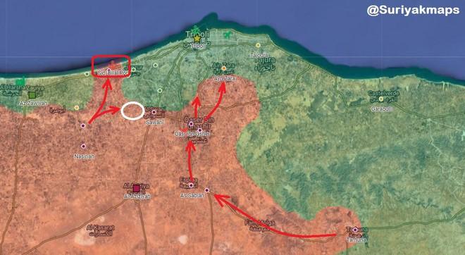 Lò lửa Libya chính thức bùng nổ - Chiến tranh lan rộng khắp, LHQ sơ tán khẩn cấp - Ảnh 17.