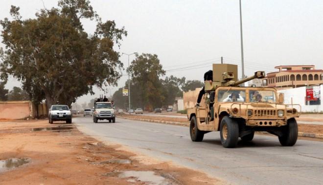 48h nghẹt thở ở Libya: Tướng Haftar được Nga hậu thuẫn có khiến Tripoli vỡ vụn và sụp đổ? - ảnh 2