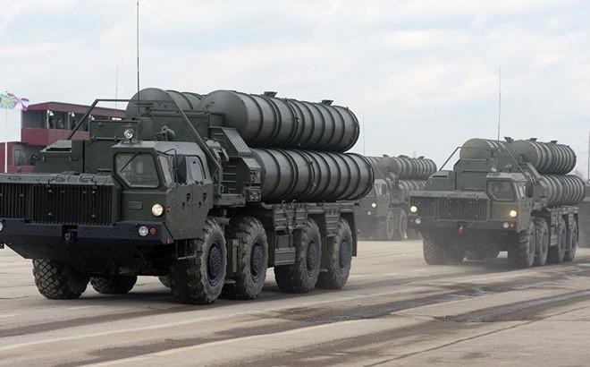 """Nga """"ưu ái"""" S-400 cho Thổ Nhĩ Kỳ, Mỹ """"đáp lễ"""" bằng THAAD gửi đến Saudi Arabia?"""