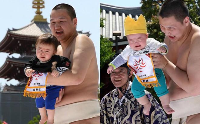 Võ sĩ sumo dụ trẻ khóc để cầu sức khỏe và may mắn tại Nhật Bản