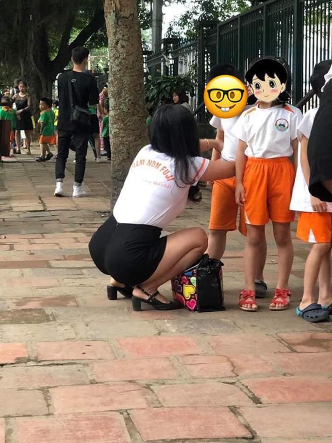 Cô giáo mầm non gây chú ý sau bức ảnh chụp trộm góc nghiêng - Ảnh 2.