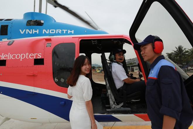 Trải nghiệm bay trực thăng ngắm cảnh vịnh Hạ Long trên không giá 3 triệu đồng/người - Ảnh 4.