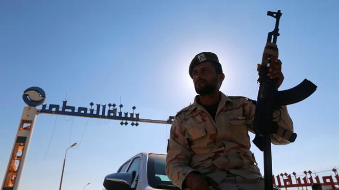 Chiến sự Libya: Kịch bản thất bại của tướng Haftar và nguy cơ tạo thành thế lưỡng cực - Ảnh 1.