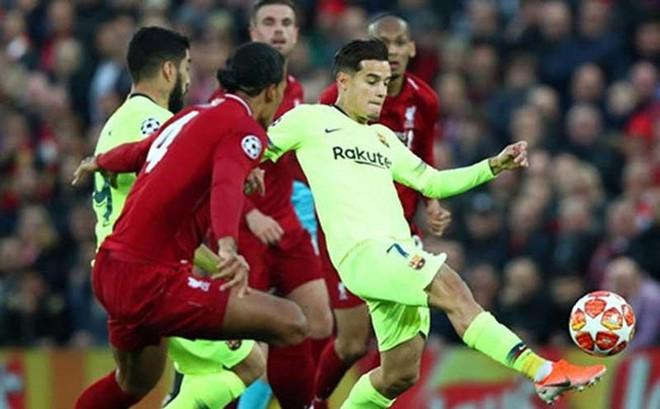 Bị loại, Barcelona vẫn phải trả tiền cho Liverpool