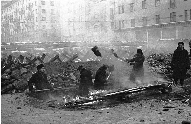 """Hồ sơ: Điện Kremlin """"tàng hình"""" tránh bom hủy diệt của phát xít Đức - ảnh 1"""