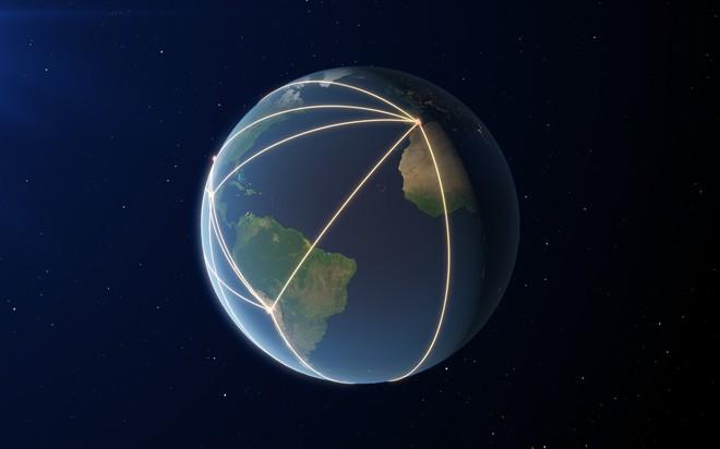 Hệ thống Kính viễn vọng Chân trời sự kiện EHT (gồm 8 kính) nằm ở các vị trí cao trên toàn cầu, hoạt động theo nguyên tắc giao thoa kế. Ảnh: ESO/L. Calçada