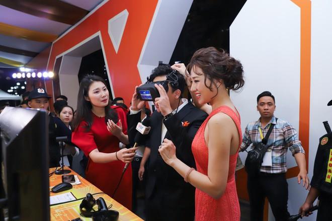 Trấn Thành - Hari Won, Tóc Tiên, Noo Phước Thịnh mơ về mái ấm trong sự kiện ra mắt nền tảng công nghệ CenHomes - Ảnh 2.