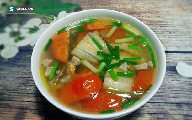 Mùa hè muốn hạ nhiệt thì nên ăn gì: 5 thực phẩm có thể giúp điều hòa nhiệt độ cơ thể - Ảnh 2.