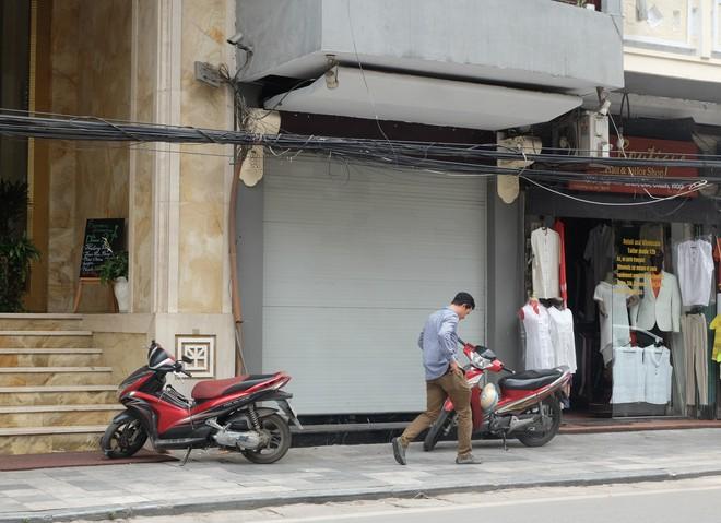 Sau ồn ào bán khăn lụa Trung Quốc, Khaisilk giờ ra sao? - Ảnh 1.
