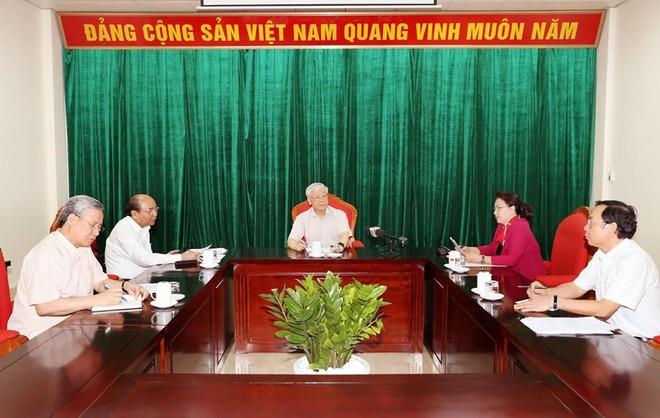 Tổng Bí thư, Chủ tịch nước Nguyễn Phú Trọng chủ trì họp lãnh đạo chủ chốt - Ảnh 1.