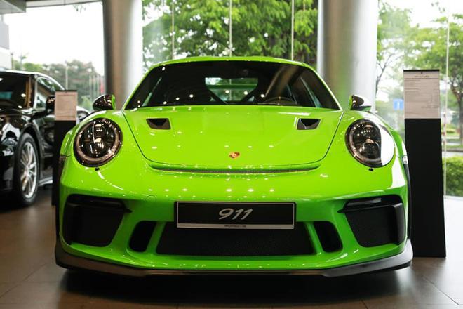 Cận cảnh Porsche 911 GT3 RS hàng hiếm, giá 14 tỷ đồng ở Hà Nội - Ảnh 1.