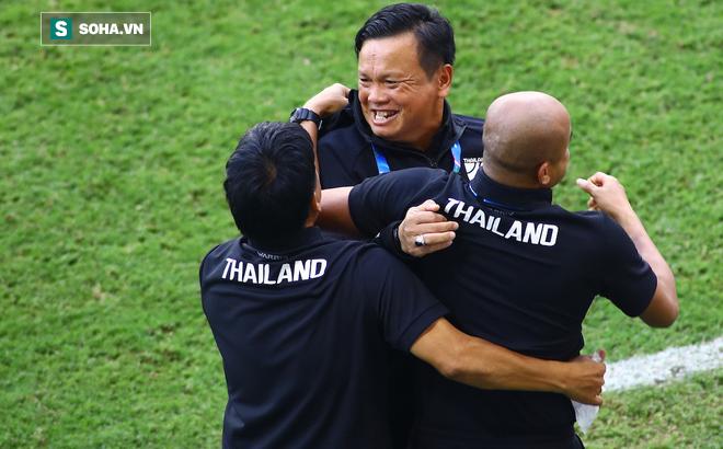 Tuyển Thái Lan đưa ra quyết định mạo hiểm để đối phó với Việt Nam ở King's Cup