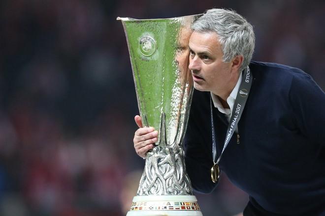 Cay đắng dừng cuộc chơi, Mourinho nói về Man Utd đầy nghiệt ngã - Ảnh 2.