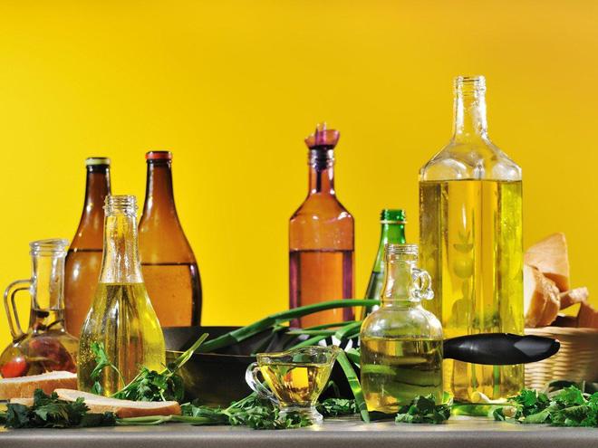 4 bí mật sử dụng dầu ăn khiến món ăn vừa ngon vừa đảm bảo sức khỏe - Ảnh 1.