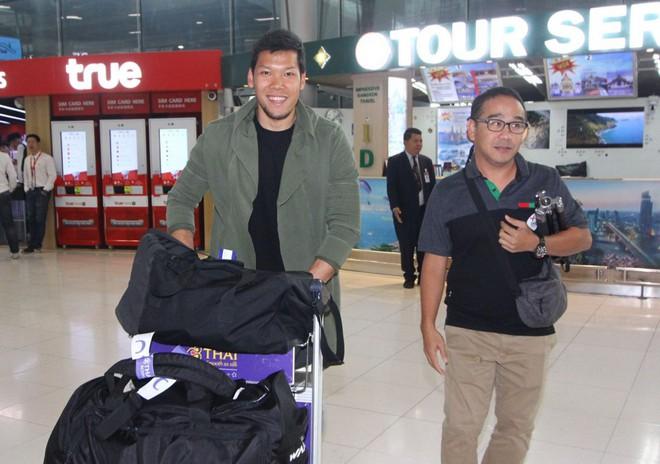 Thái Lan đón tuyển thủ nước ngoài đầu tiên về đấu Việt Nam - Ảnh 2.