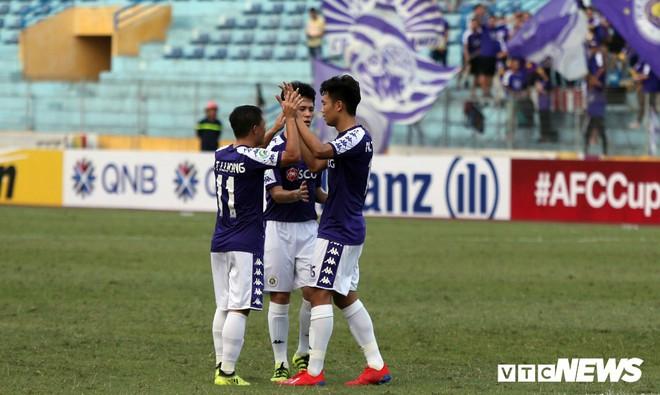 Hà Nội vượt vòng bảng, HLV Chu Đình Nghiêm vẫn có điều không hài lòng - Ảnh 1.